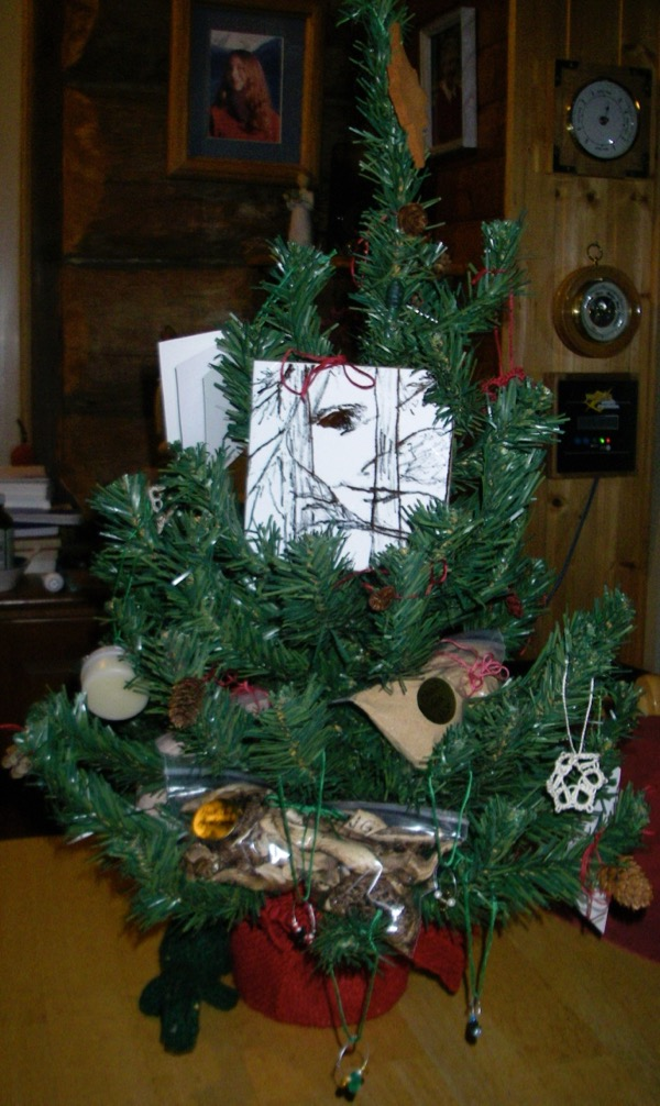 Homestead craft Christmas tree for Haines library