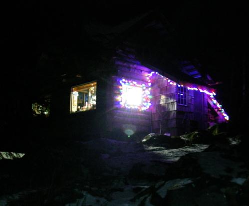 cabin Christmas lights